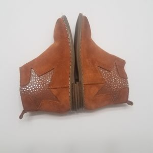 Baby GAP Suede Star Boots